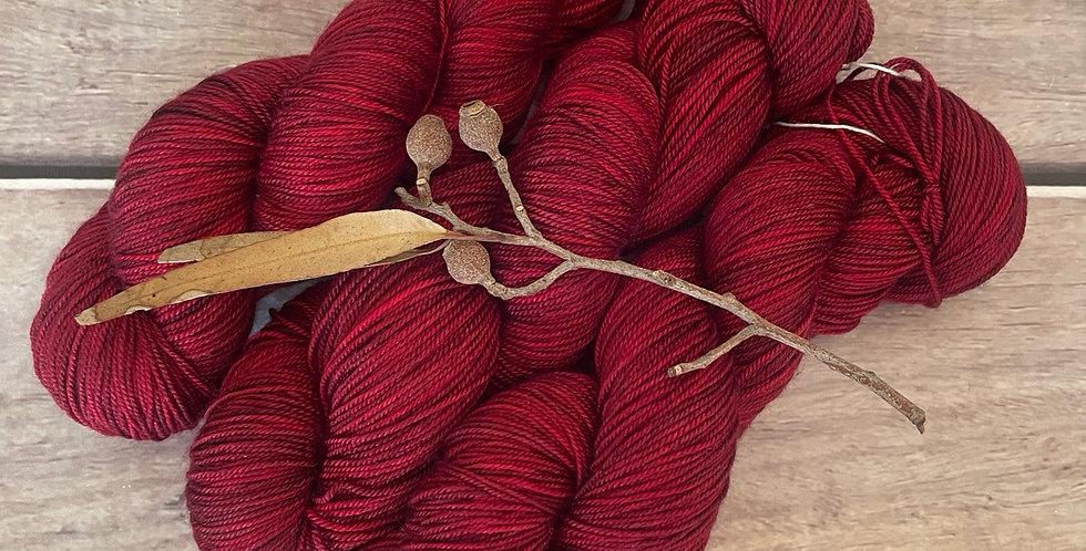 Dark Red Lacquer - 4 ply silk / merino / cashmere - Assam