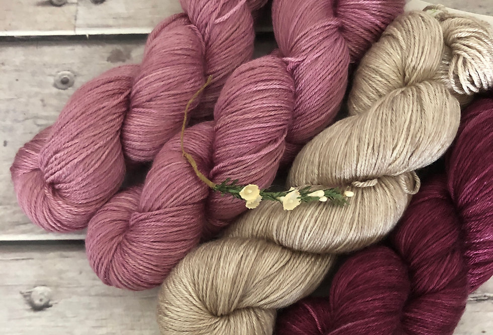 Roses for Tea - 4 ply in silk and BFL - Luschan