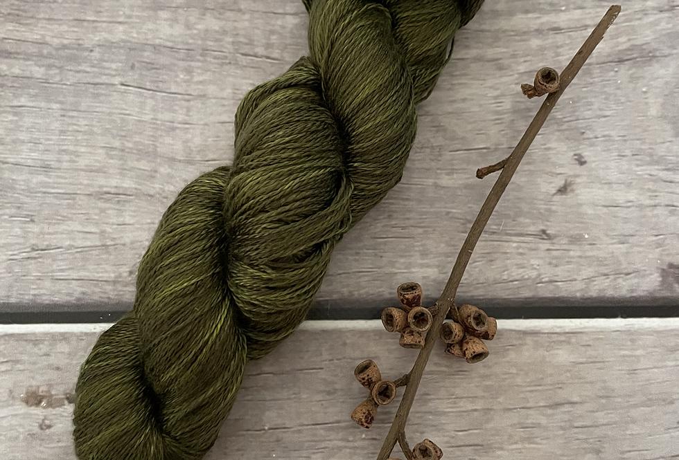 Banksia - 3 ply in Mulberry silk - Pekoe hl