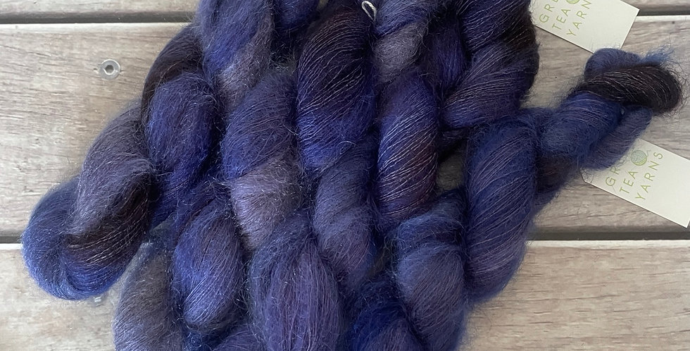 Regal Violet on ShuiYun - 2 ply lace in Mohair and silk