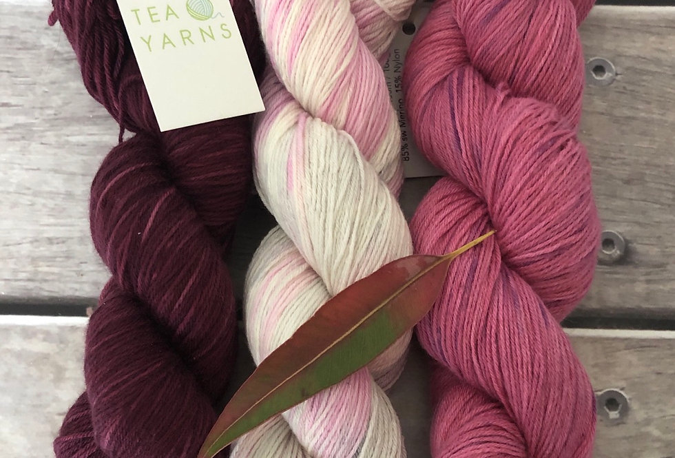 Orchid Meadow - 4ply sock yarn set in merino and nylon - Darjeeli