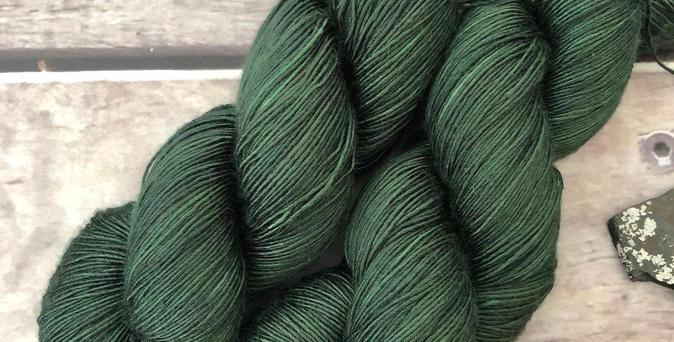 Mountain Fir - 4 ply mulberry silk single -Rougui