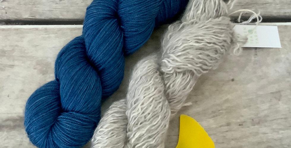 Sashiko Cowl Yarn Kit - 4 ply silk / merino / cashmere - Assam