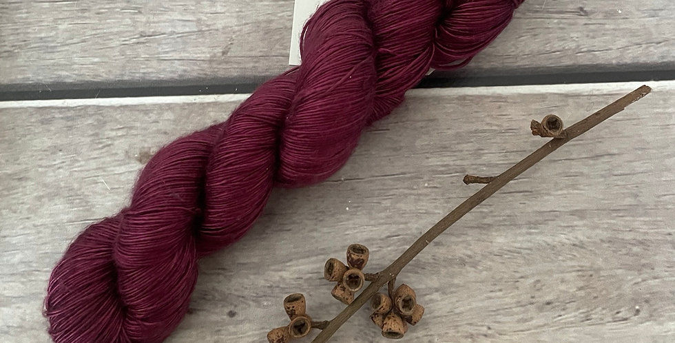 Claret ooak - 4 ply mulberry silk single -Rougui