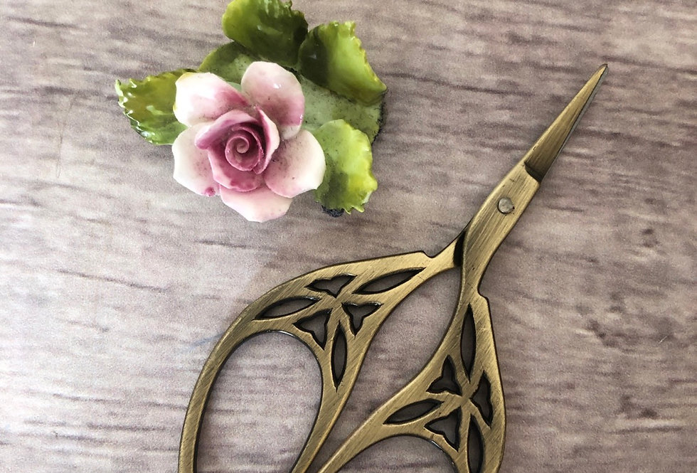Old Gold Leaf Embroidery scissors