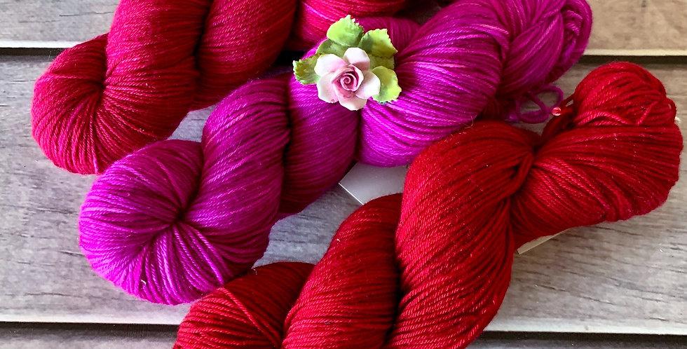 Fuchsia Fusion- 4ply sock yarn set in merino and nylon - Darjeeli