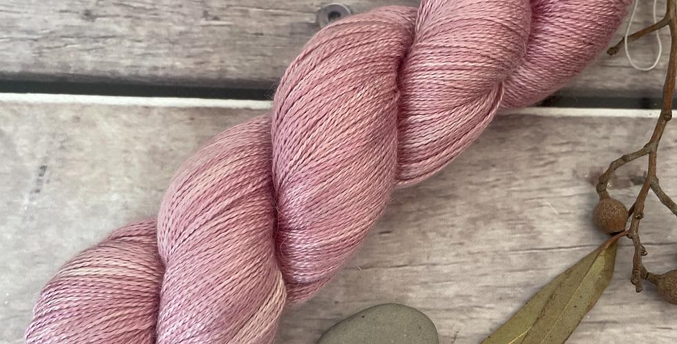 Tea Rose - 2 Ply in silk and alpaca - Echinacea