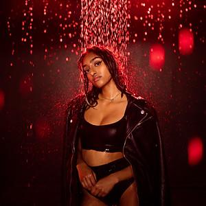 Angily (Rain Room)