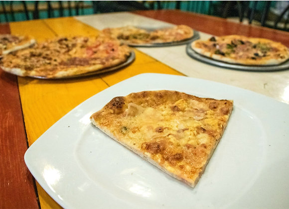 Pizza Cuatro Quesos (Chef Gerardo Soberón 2)