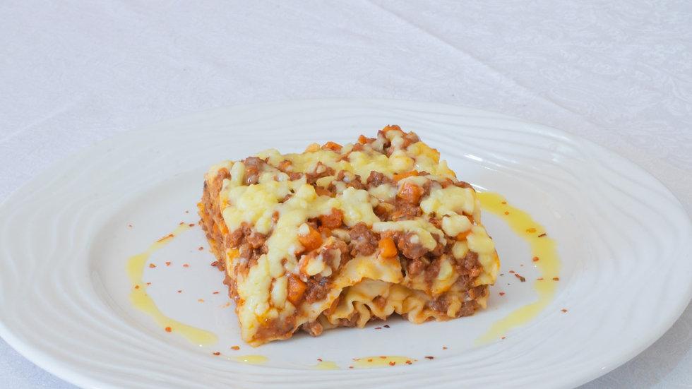 Lasagna tradicional de carne (8 personas)
