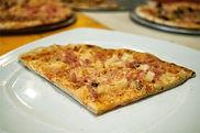 Pizza%20Hawaiana_edited.jpg