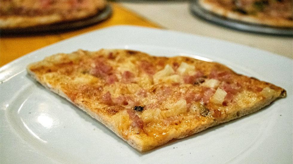 Pizza Hawaiana (Chef Gerardo Soberón)
