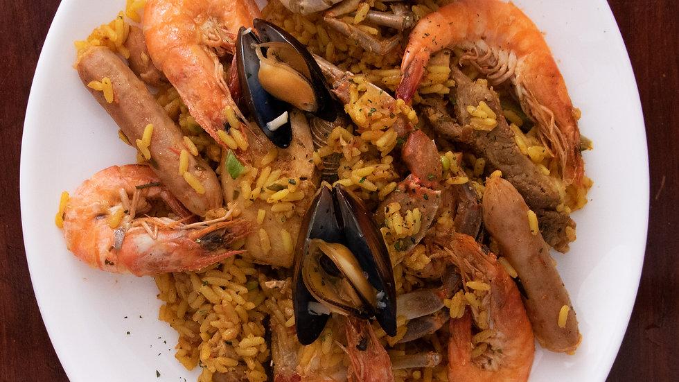 Paella Mixta (Solo Domingos) (Chef Oscar Alvarado)