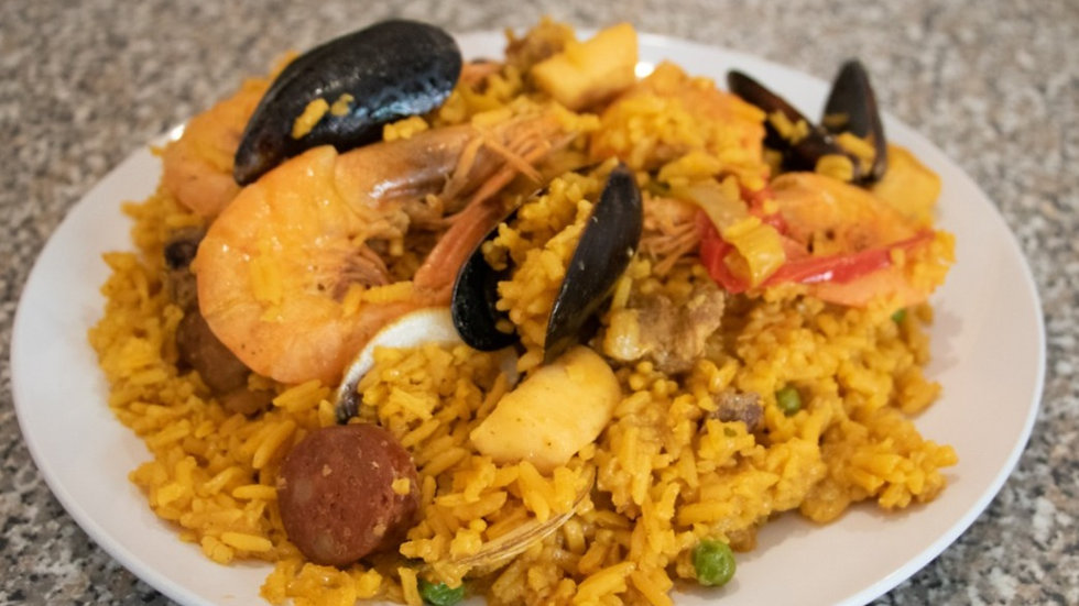 Paella Mixta (1 Kilo) (Chef Diana Rosales)