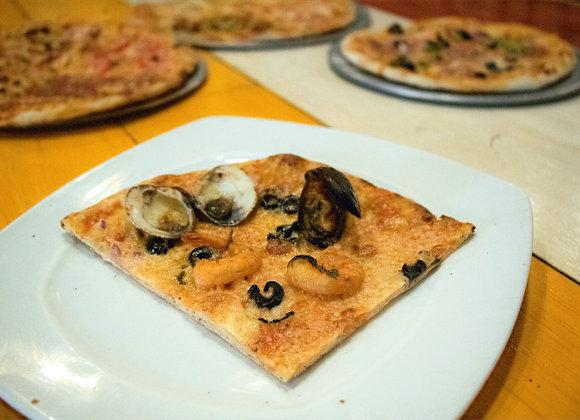 Pizza Marinera (Chef Gerardo Soberón2)