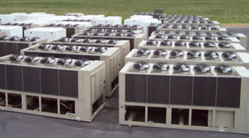 Daikin-stock-chillers-group_edited.png