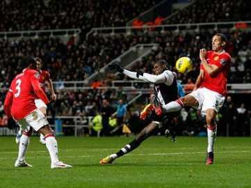 Newcastle 3-0 Man United - Magic Magpies!