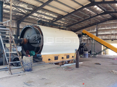 Tire To Oil Machines In Rubber Pyrolysis Recycling Facilities