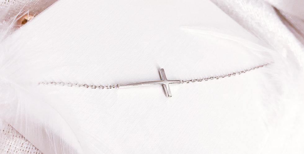 simple Cross Bracelet