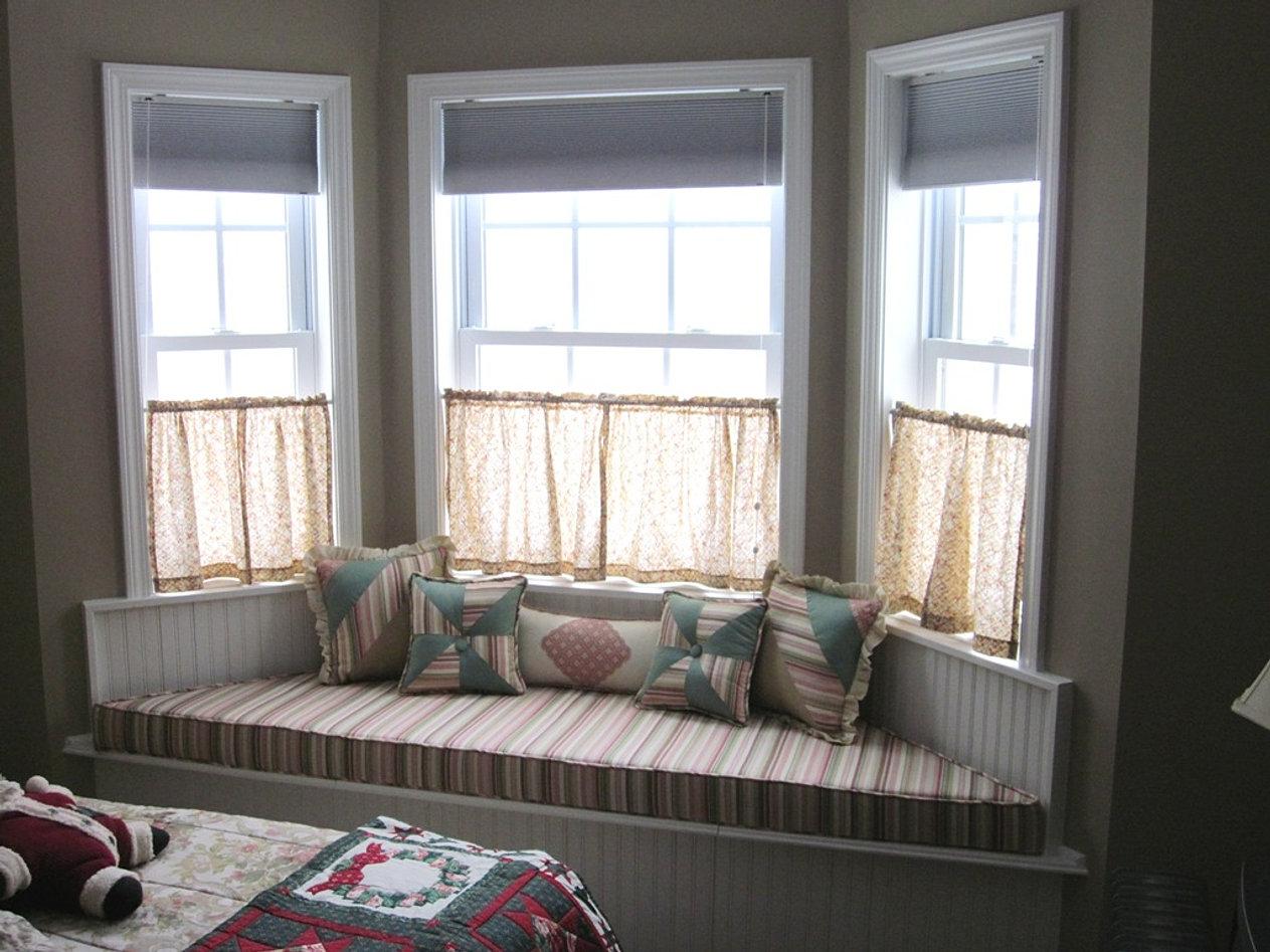Bay Window D