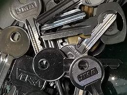 key cutting.jpg