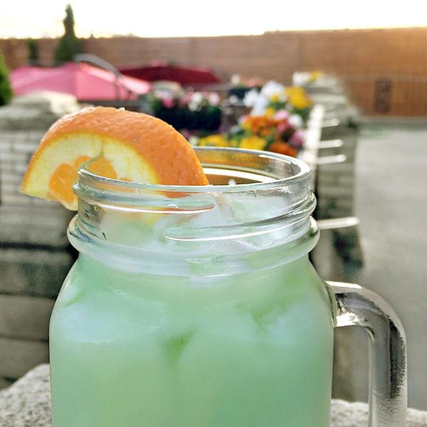 cocktail1b.jpg