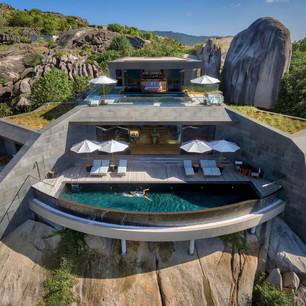 Вилла с четырьмя спальнями на курорте Six Senses Zil Pasyon —  гармония утонченного искусства