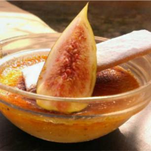 Рецепт крем-брюле с инжиром от Six Senses Zighy Bay