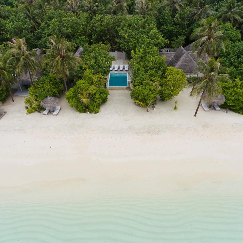 Retreat Family Beach Pool Villa