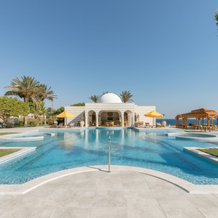 Одни отдыхают летом, другие – там, где всегда лето, в The Oberoi Beach Resort Sahl Hashees, Египет