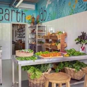 Экологические инициативы шести удивительных лабораторий Earth Lab курортов Six Senses Hotels Resorts