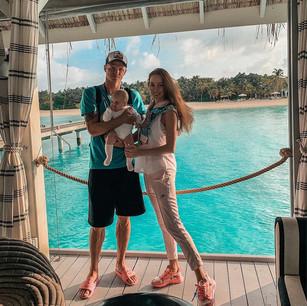 Футболист Дмитрий Тарасов с супругой Анастасией и дочерью провели свой отдых в Kanuhura 5*, Мальдивы