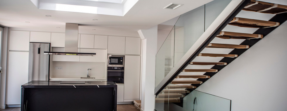 cocina doble altura.jpg