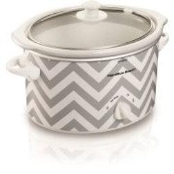 Hamilton Beach 3-Quart Slow Cooker: Dishwasher-safe stoneware crock and lid Low,