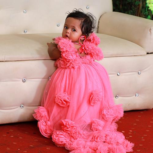 Newborn/baby dresses