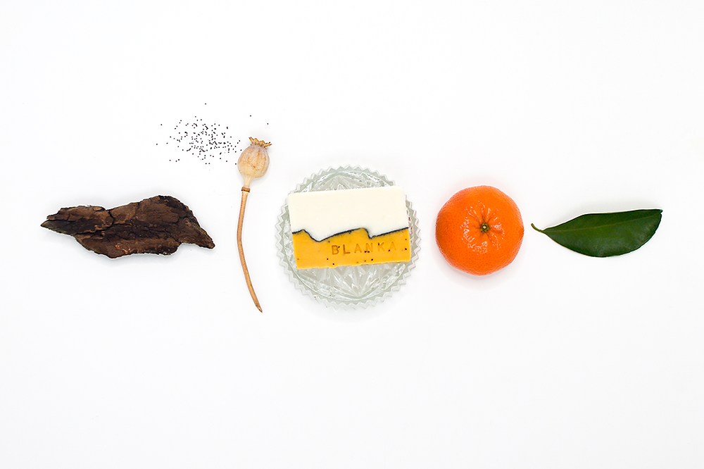 Mandarin, Cedarwood and Poppyseed Artisan Soap