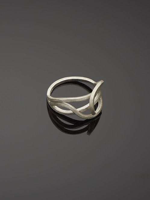 Small tangled ring