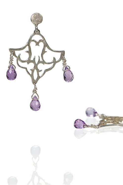 Small Dangling Earrings with stones