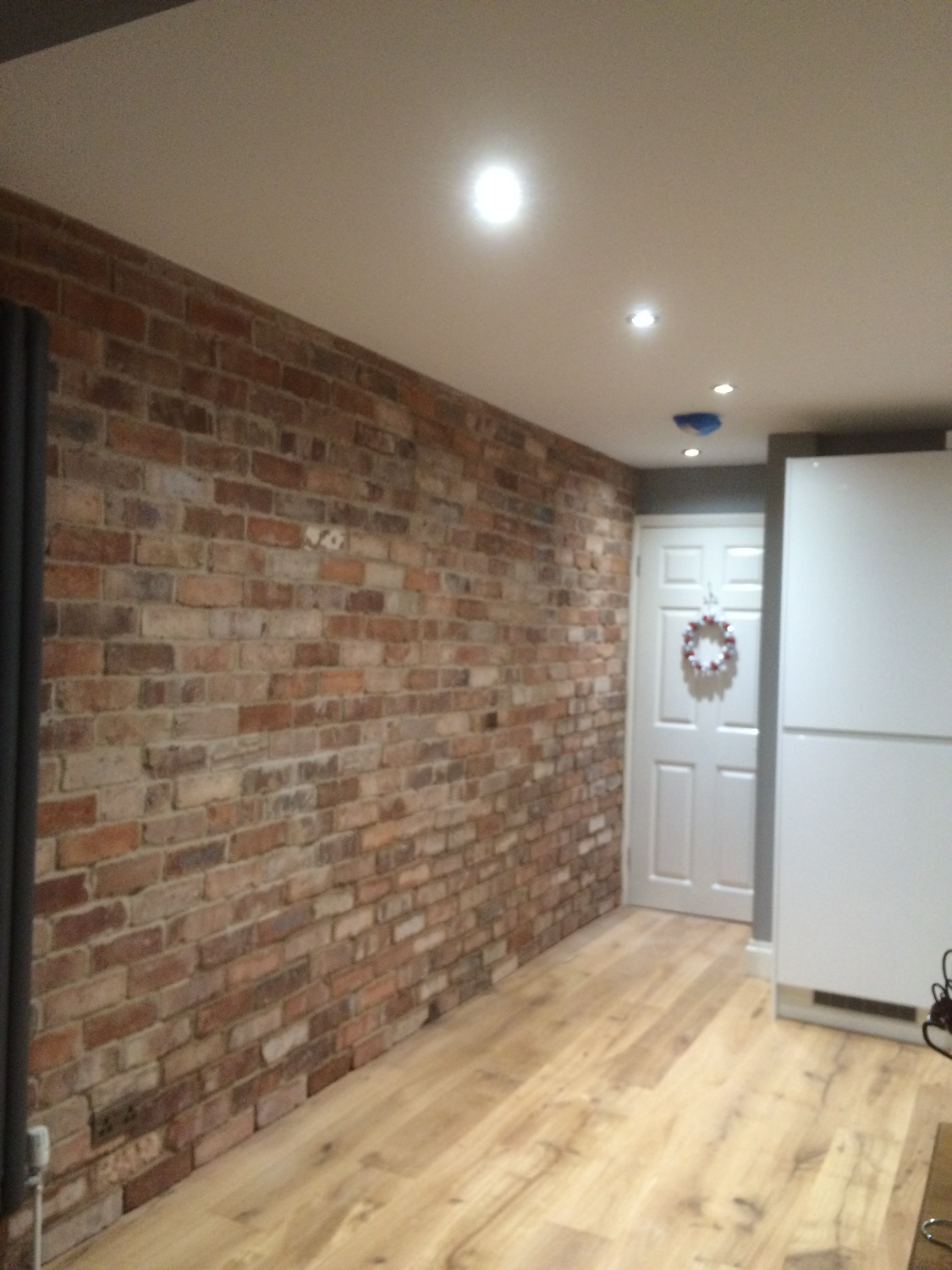 Kitchen feature wall