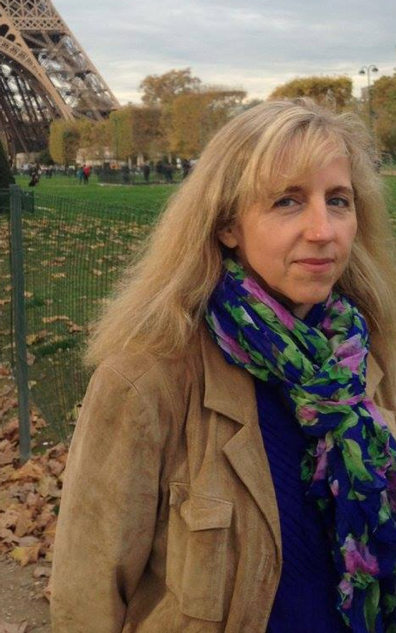 Maureen-in-Paris.jpg