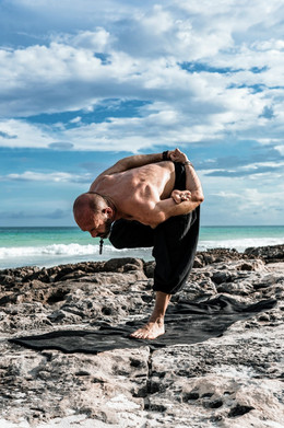 Yoga to connect to the body