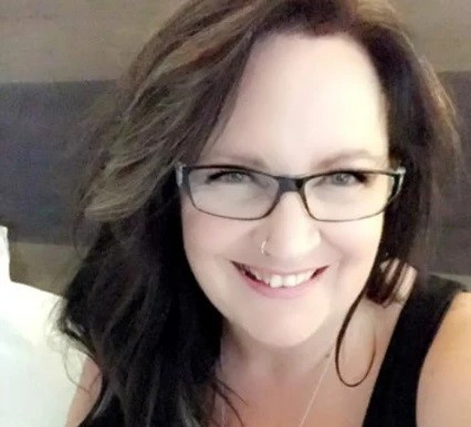 Jodi Lewis Signs Publishing Deal with That Guy's House!