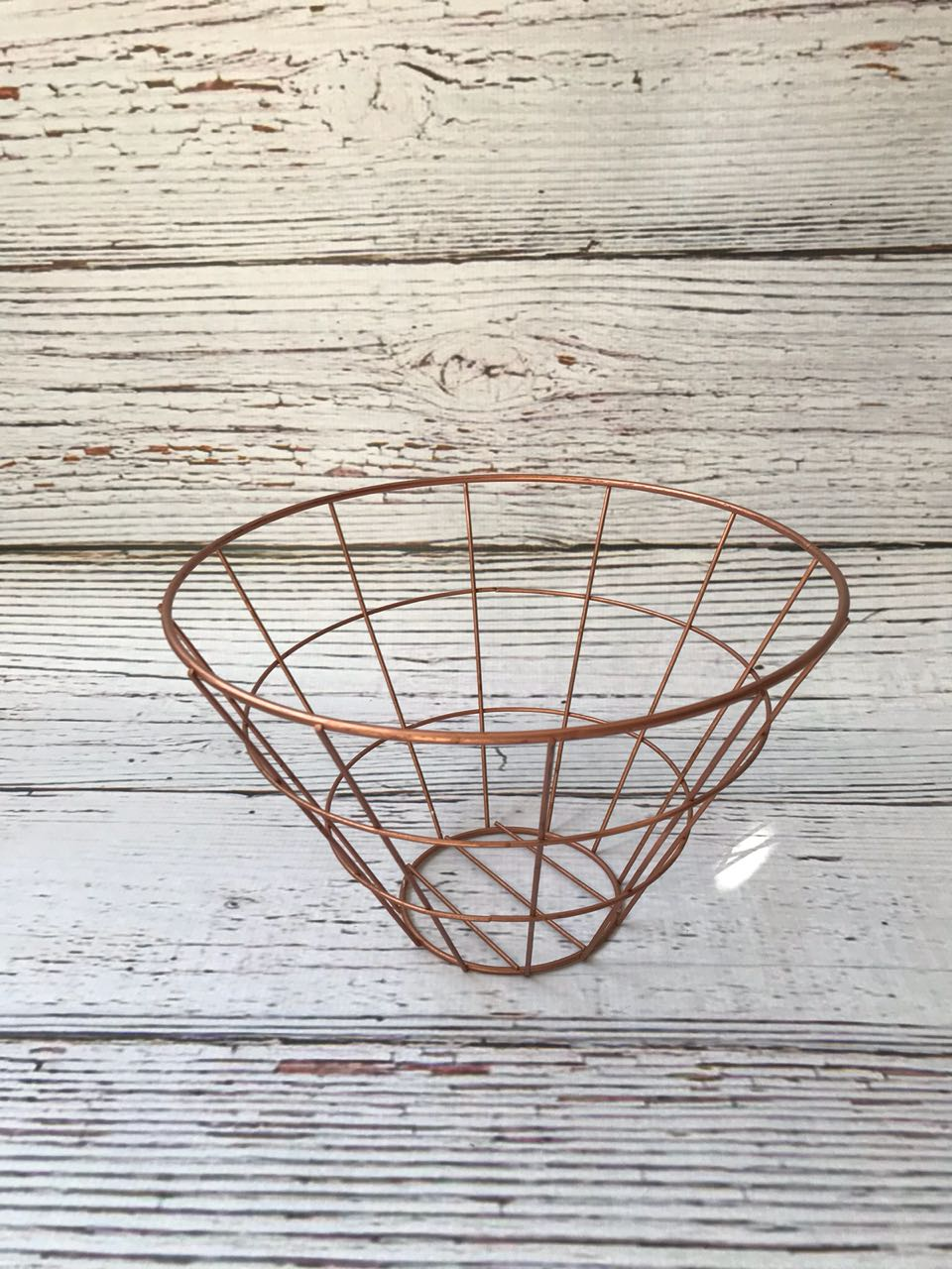 White Rose gold basket