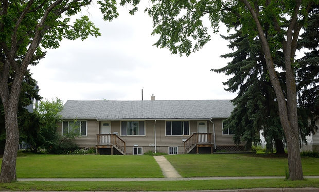 front of the houseSouth Edmonton Real Es