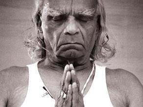 Réciter l'invocation à Patanjali est-elle une pratique religieuse?