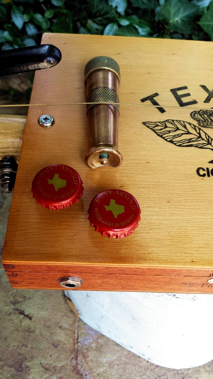 Texas bottle cap volume/tone