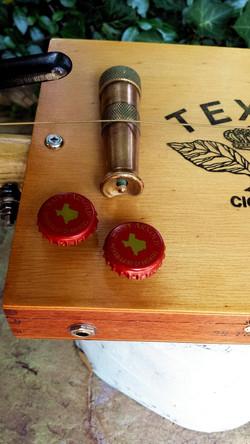 Texas bottle cap volume/tone