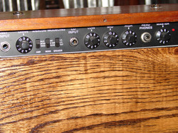 Old radio amp 1