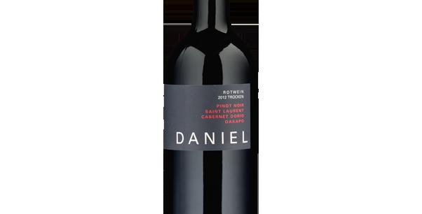 D Vier DANIEL