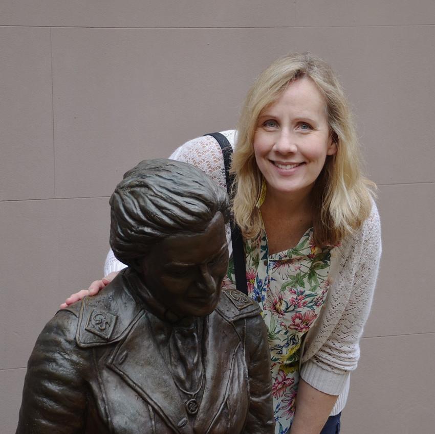 Statue of Juliette Gordon Low